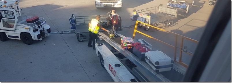 Juhu unsere Koffer sind da