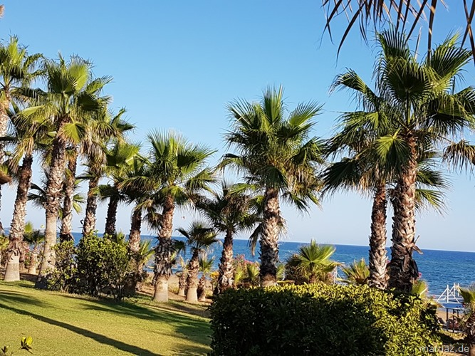 Urlaub in der Tuerkei Strand.jpg