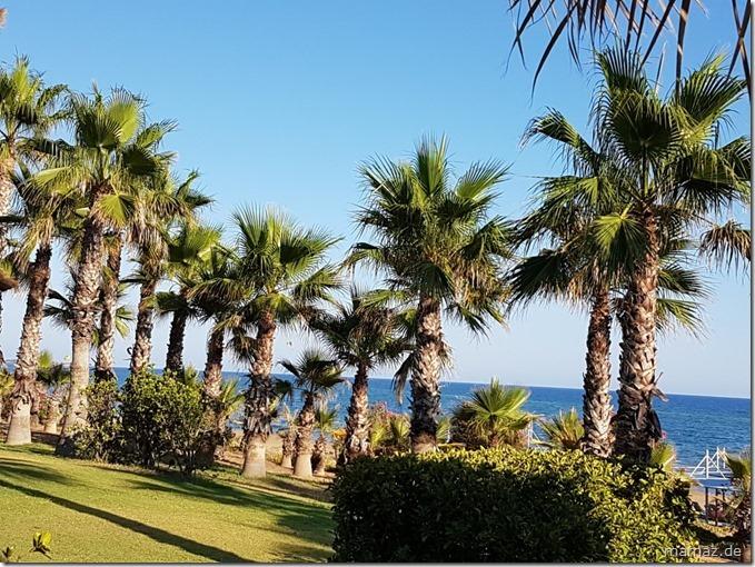Urlaub in der Türkei - Side Strand mit Palmen