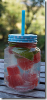 Infused Water mit Melone und Limette