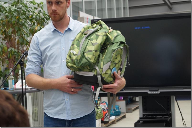Ergobag und Rucksack angeschnallt