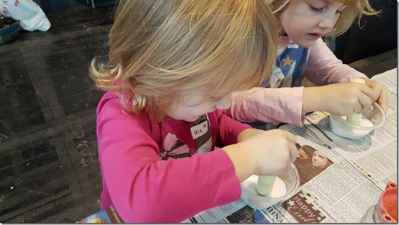Kinder hoch konzentriert