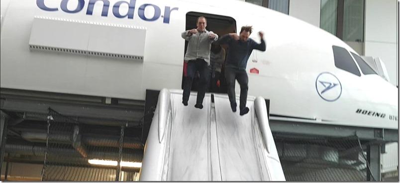 Steven und Andreas Notrutsche Condor Vorlesetag