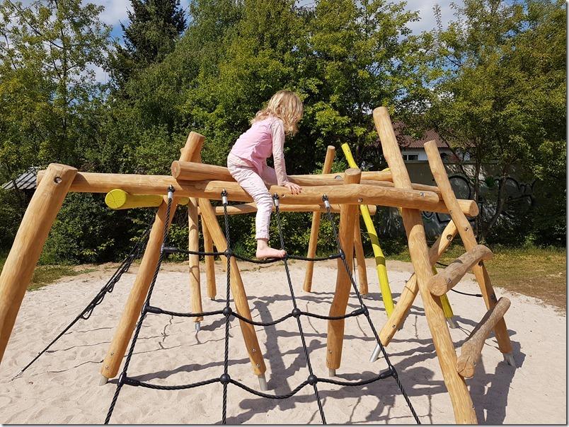 Traum Spielplatz Klettergeruest