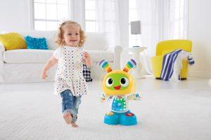 Geschenktipp für Babys: Spielen, tanzen, laufen lernen mit dem Tanzspaß BeatBo von Fisher-Price